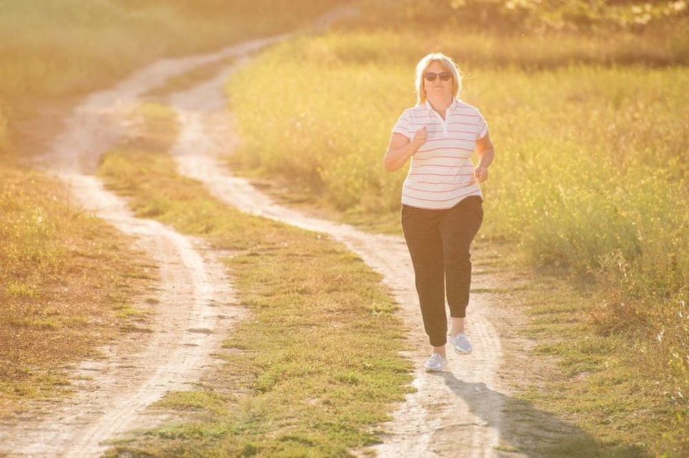 Best Walking Shoes for Overweight 2020: Men, Women, Runners, Walkers